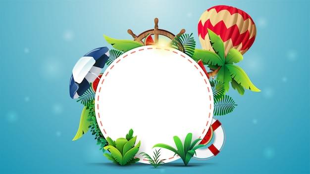 Design de modelo de banner de verão com um círculo branco para texto, elementos de verão e acessórios de praia. layout de verão vazio para sua criatividade Vetor Premium