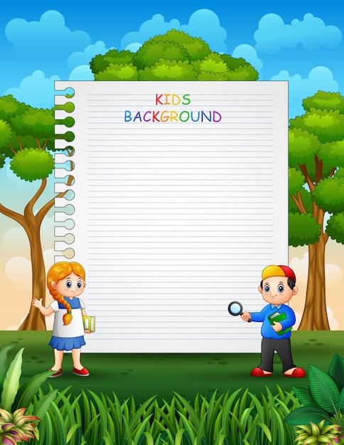 Design de modelo de papel com crianças no fundo da natureza Vetor Premium