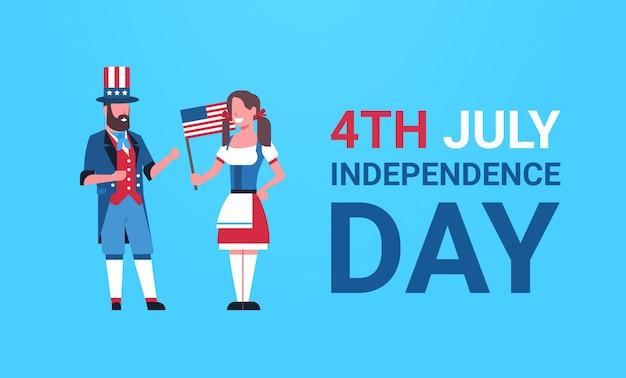 Dia da independência 4 de julho casal homem mulher roupas tradicionais bandeira dos eua comemorando boné Vetor Premium