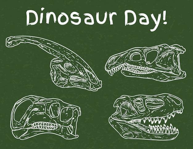 Dia de dinossauro na escola. dia pré-escolar de paleontologia. fósseis carnívoros e herbívoros desenhados na lousa verde. crânios de dino linha conjunto de imagem de desenho de mão desenhada Vetor Premium