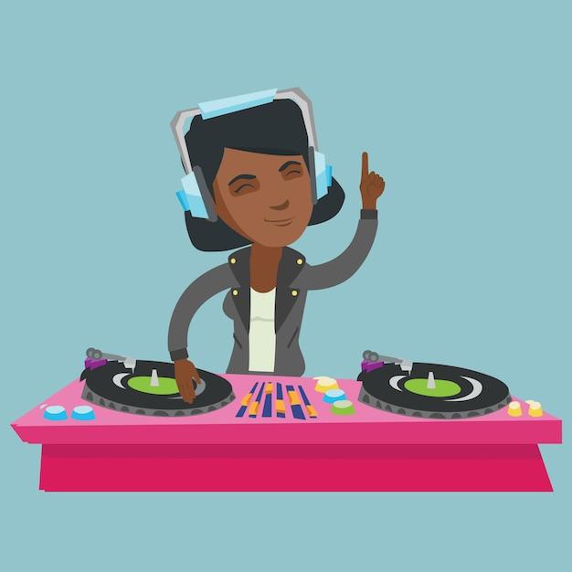 Dj africano novo que mistura a música em plataformas giratórias. Vetor Premium