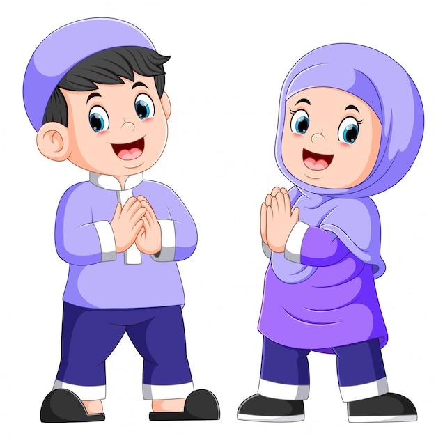 Duas crianças fofas estão dando a saudação de perdão Vetor Premium