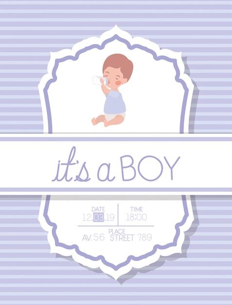 É um cartão de chuveiro de bebê menino com criança Vetor grátis