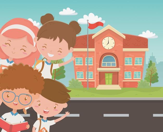 Edifício da escola com as crianças na cena Vetor grátis