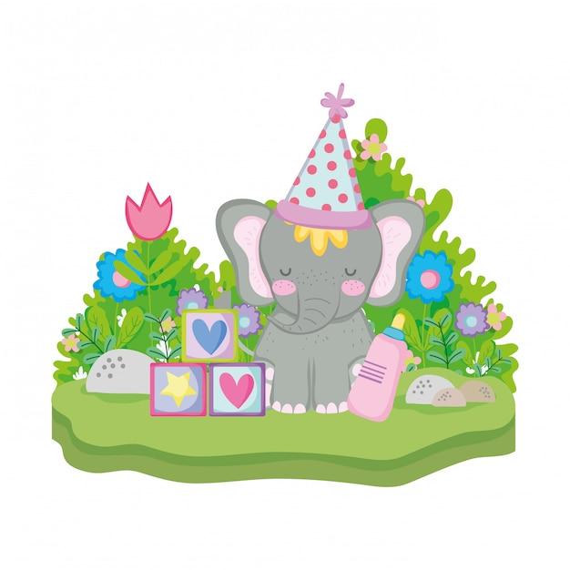 Elefante fofo e pequeno com chapéu de festa Vetor Premium