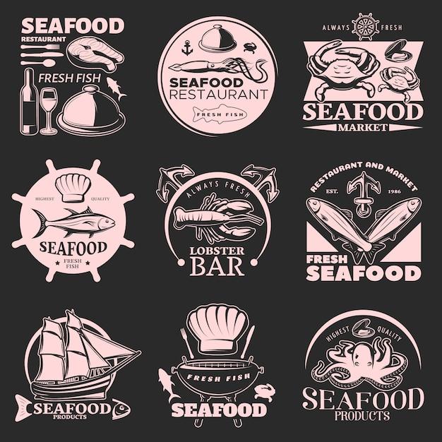 Emblema de frutos do mar no escuro com manchetes frutos do mar frescos peixe fresco da mais alta qualidade Vetor grátis
