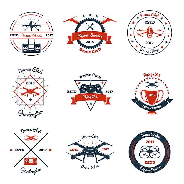 Emblemas de cores com drone, controlador e elementos de design para clube, escola, serviço de reparo, torneio isolado Vetor grátis