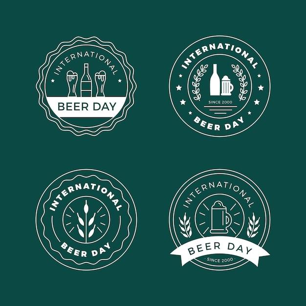Emblemas de dia internacional da cerveja de design plano Vetor grátis