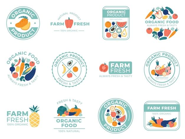 Emblemas de frutas e legumes frescos. alimentos orgânicos, produtos naturais e frutas de verão. conjunto de ilustração de distintivo de vegetais Vetor Premium