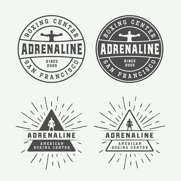 Emblemas e etiquetas com logotipos de boxe e artes marciais em estilo vintage Vetor Premium