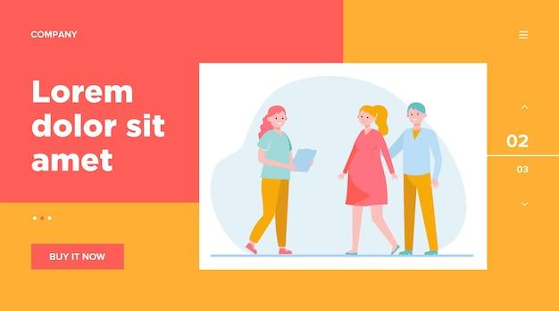 Enfermeira, consultando uma mulher grávida. mãe, bebê, clínica. conceito de cuidados de saúde e gravidez para design de site ou página de destino Vetor grátis