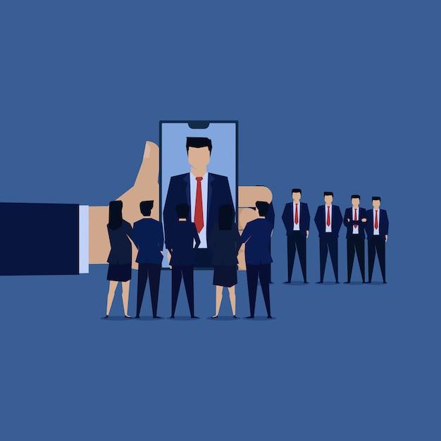 Equipa do homem de negócios entrevista o empregado novo em linha. Vetor Premium