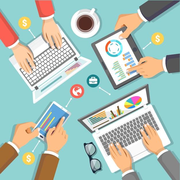 Equipe de marketing digital na ilustração do conceito de mesa de negócios com vista superior Vetor Premium
