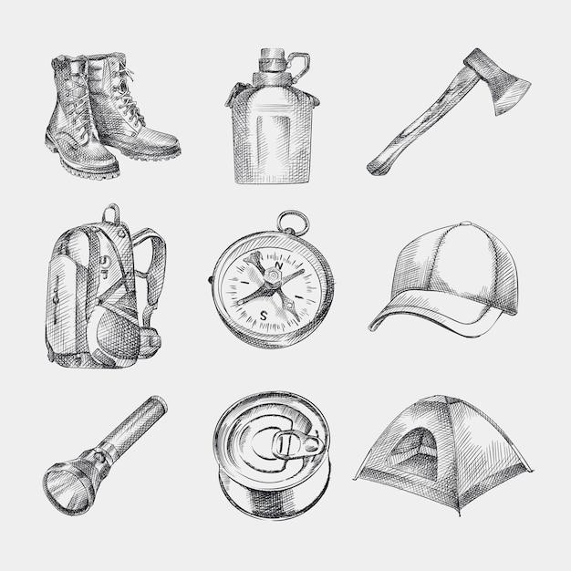 Esboce o conjunto de kit de campismo desenhados à mão. conjunto consiste em botas, mochila, boné, barraca, bússola, balão de água, lanterna, machado, comida enlatada. Vetor Premium