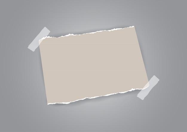 Estilo grunge com papel rasgado e desenho de fita Vetor grátis