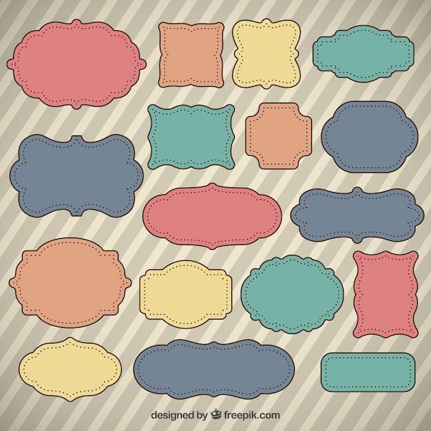 Etiquetas desenhadas mão coloridas no estilo retro Vetor grátis