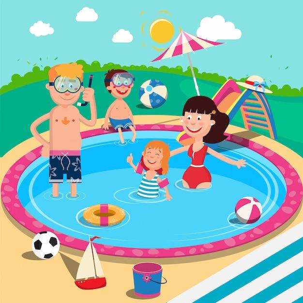 Família feliz na piscina. sorrindo, pais e filhos se divertindo nas férias de verão. Vetor Premium