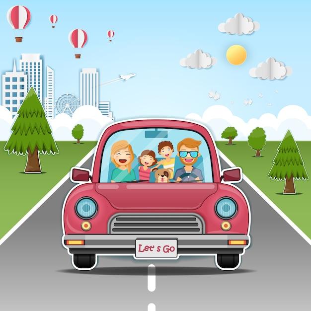 Família feliz no carro vermelho na estrada Vetor Premium