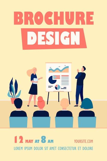 Feliz reunião de treinadores e funcionários da empresa em um modelo de folheto de sala de conferência Vetor grátis