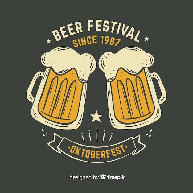 Festival de cerveja oktoberfest desenhada mão desde 1987 Vetor grátis