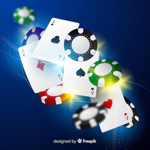 Fichas de casino realistas e cartas caindo fundo Vetor grátis