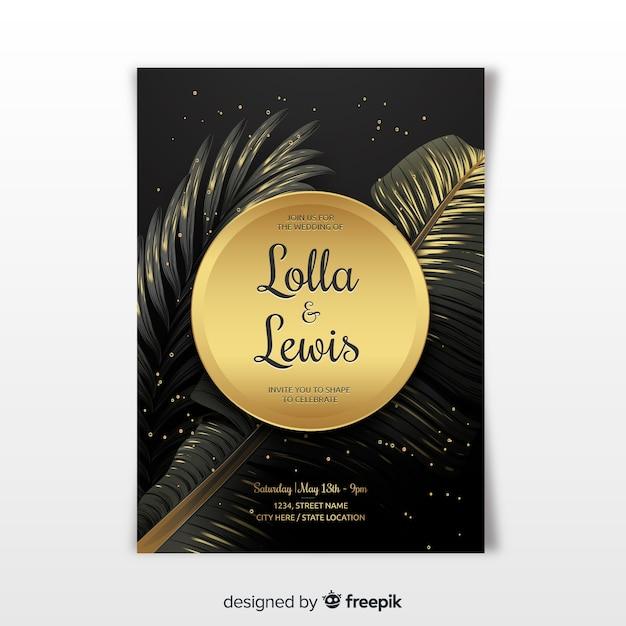 Folhas de palmeira dourada realista modelo de convite de casamento Vetor grátis
