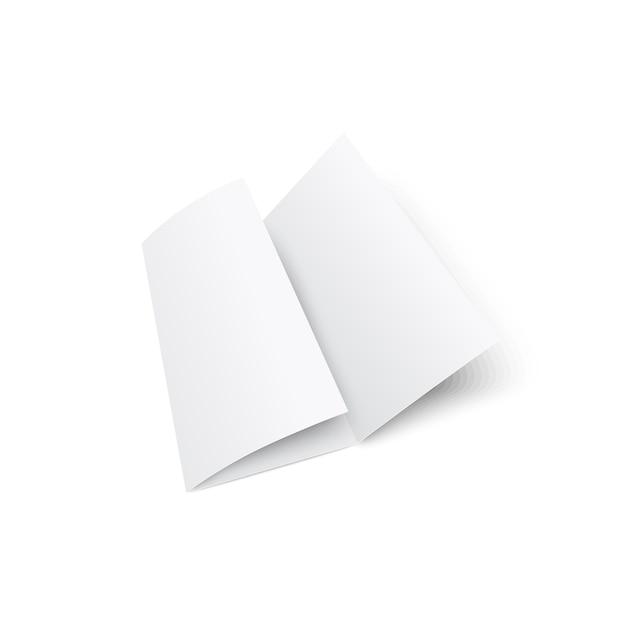 Folheto com três dobras brancas em branco ou maquete 3d realista do folheto isolado no fundo branco. o elemento de papel do kit de papelaria corporativa para apresentação. Vetor Premium