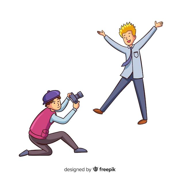 Fotógrafo tirando uma foto de um homem loiro Vetor grátis