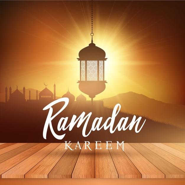 Fundo da paisagem do ramadan com lanterna suspensa e mesa de madeira display Vetor grátis