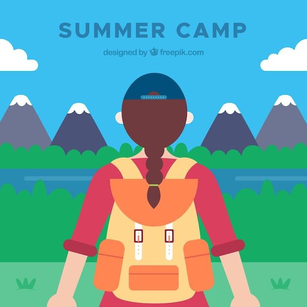 Fundo de acampamento de verão com garota olhando a paisagem Vetor grátis