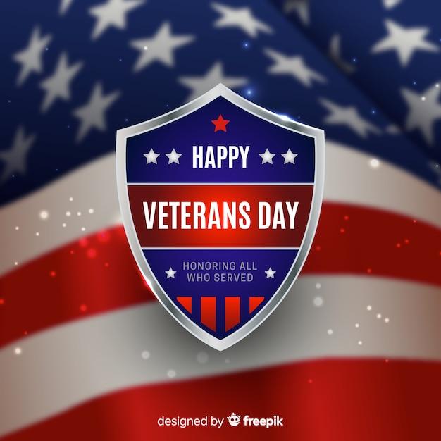 Fundo de dia dos veteranos com bandeira realista Vetor grátis