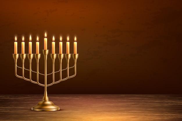 Fundo de feriado judaico de hanukkah com candelabro de menorá dourado realista com velas no pano de fundo da mesa de madeira Vetor Premium