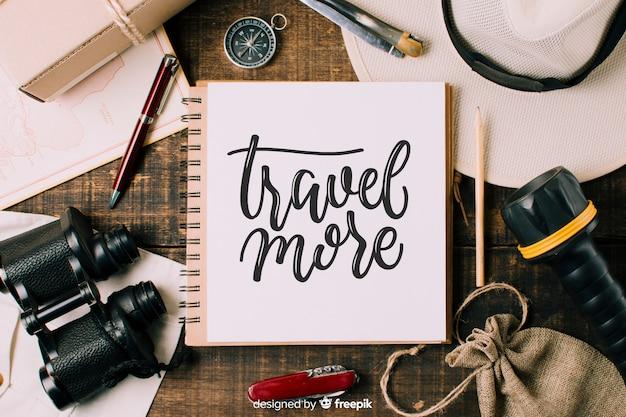 Fundo de rotulação de viagens com foto Vetor grátis