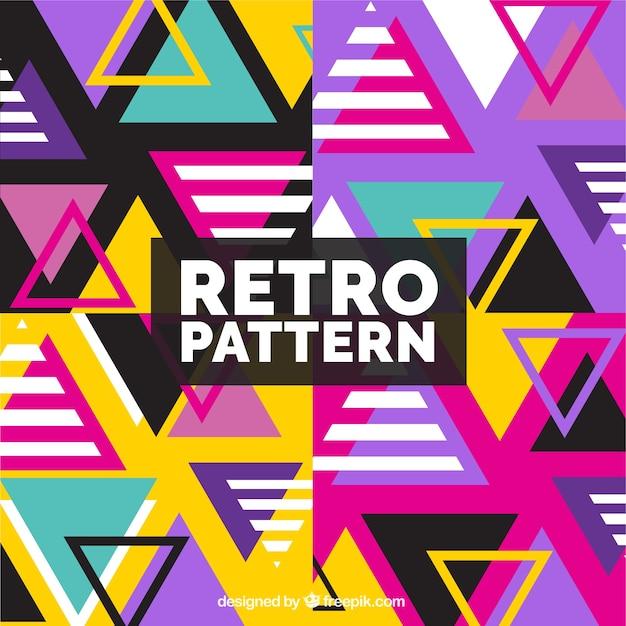 Fundo de testes padrões coloridos com triângulos Vetor grátis