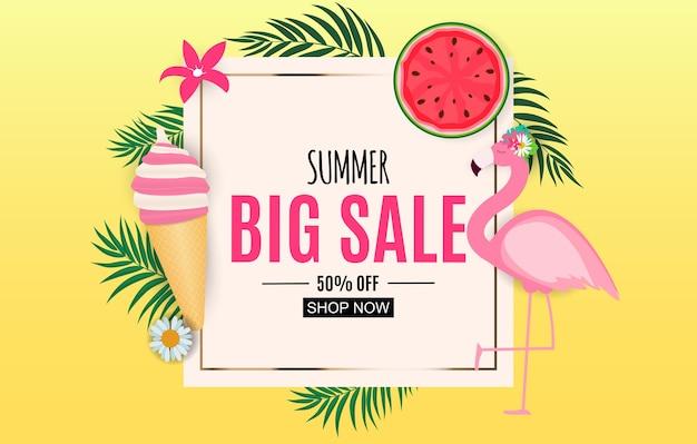Fundo de venda de verão abstrato com folhas de palmeira, melancia, sorvete e flamingo. Vetor Premium