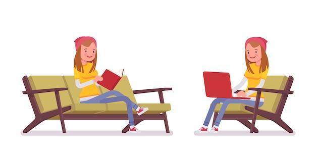Garota adolescente em pose sentado Vetor Premium