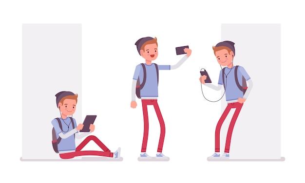 Garoto adolescente usando aparelhos diferentes Vetor Premium