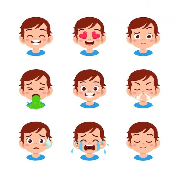 Garoto bonito com diferentes expressões faciais Vetor Premium