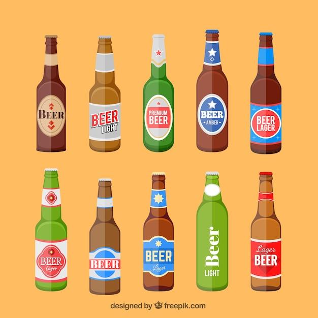 Garrafas de cerveja definir com etiqueta Vetor grátis