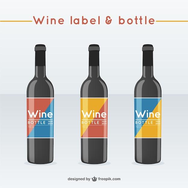Garrafas de vinho com rótulos Vetor grátis