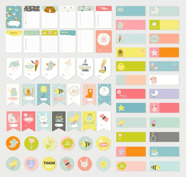 Grande conjunto de cartões de vetor romântico e fofo, notas, etiquetas, rótulos, etiquetas com ilustrações de primavera e desejos. Vetor Premium