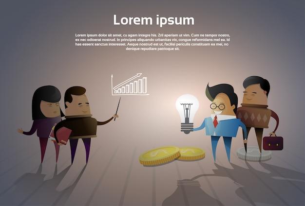 Grupo de empresários asiáticos brainstorming reunião pensando novas idéias ou projetos Vetor Premium