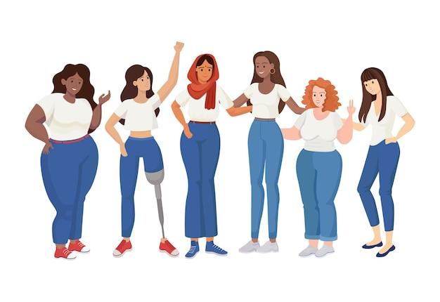 Grupo de mulheres em pé, de diferentes tamanhos e raças Vetor Premium