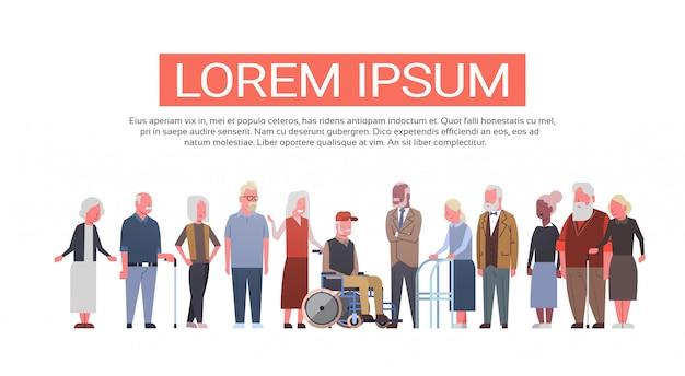 Grupo, de, sênior, pessoas, sobre, fundo branco moderno, avô, e, vó, comprimento total Vetor Premium