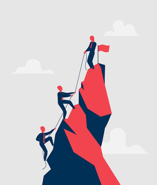 Grupo de vendedores tentando alcançar o pico da montanha com corda, ajudando uns aos outros Vetor Premium