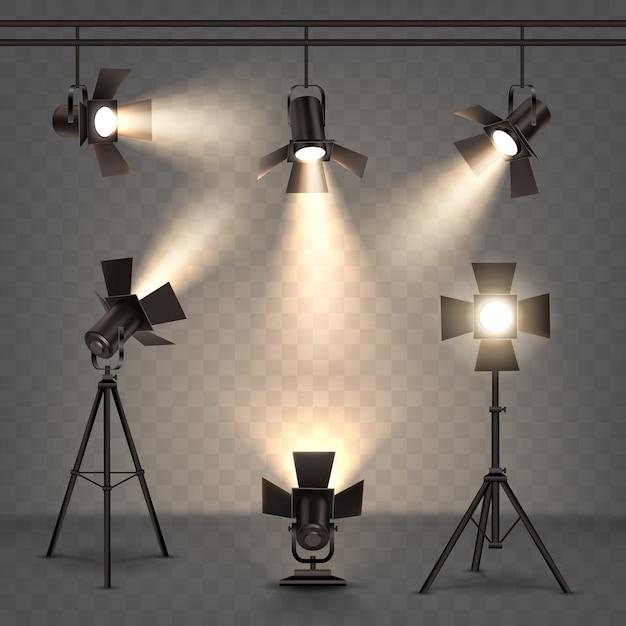Holofotes ilustração realista com luz quente Vetor grátis