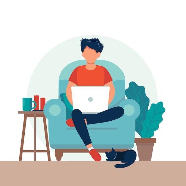 Homem com laptop sentado na cadeira. freelance ou conceito de estudo. Vetor Premium