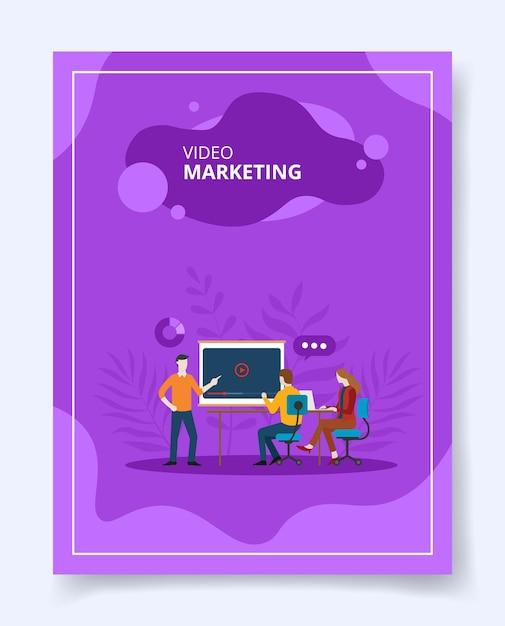 Homem de marketing de vídeo presente na tela do projetor Vetor Premium