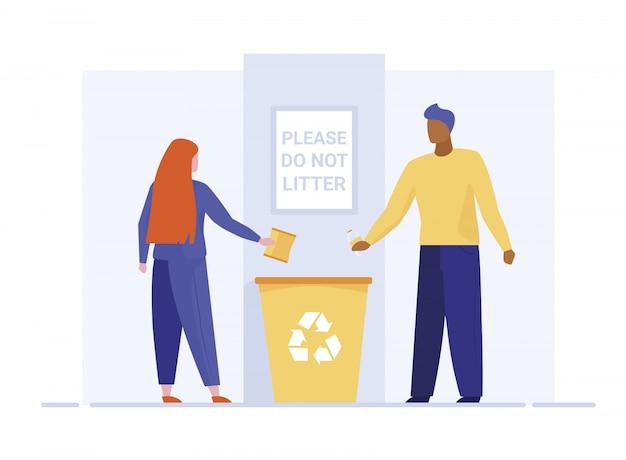 Homem e mulher jogando lixo na lixeira Vetor grátis