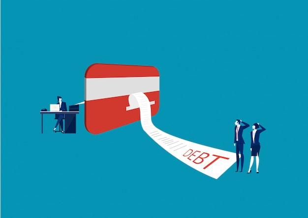 Homem negócios, e, mulher olha, nosso, cartão crédito, com, conta online, pagamento Vetor Premium